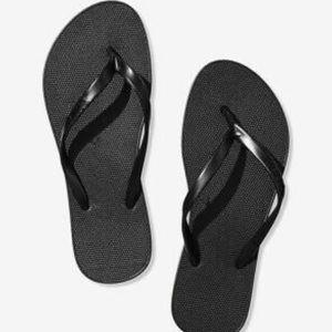 BRAND NEW ✨ PINK VS flip flops